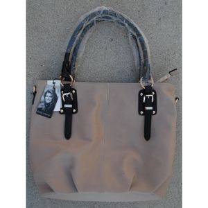 MAKE AN OFFER Kathy Ireland Purse